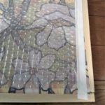格子枠の裏側に窓フィルムとプチプチを貼った画像