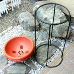 植木鉢スタンドと植木鉢の画像